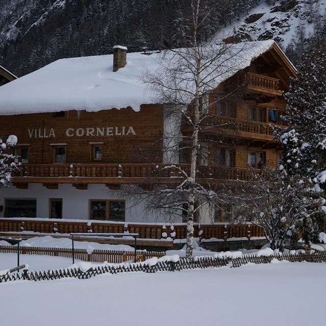 Pension Villa Cornelia - (Familiekamer/Logies)