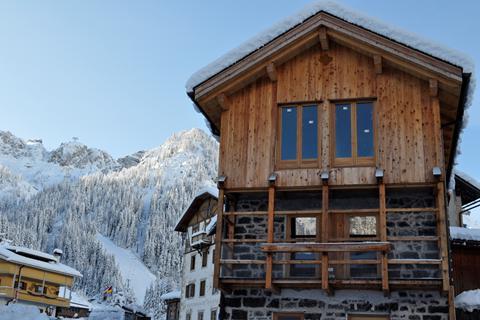 Goedkope skivakantie Dolomiti Superski ⛷️Appartementen Chalet Royal