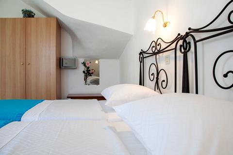 Goedkoopste zonvakantie Kefalonia - Villa's Monambeles