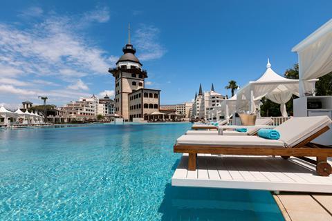 Goedkope zonvakantie Turkse Rivièra - Hotel Titanic Mardan Palace