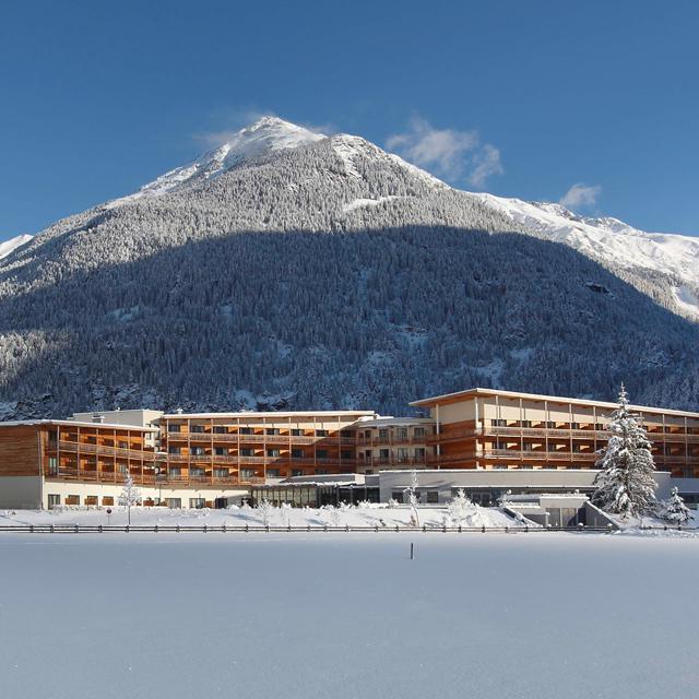 Meer info over Hotel Aqua Dome Therme  bij Bizztravel wintersport
