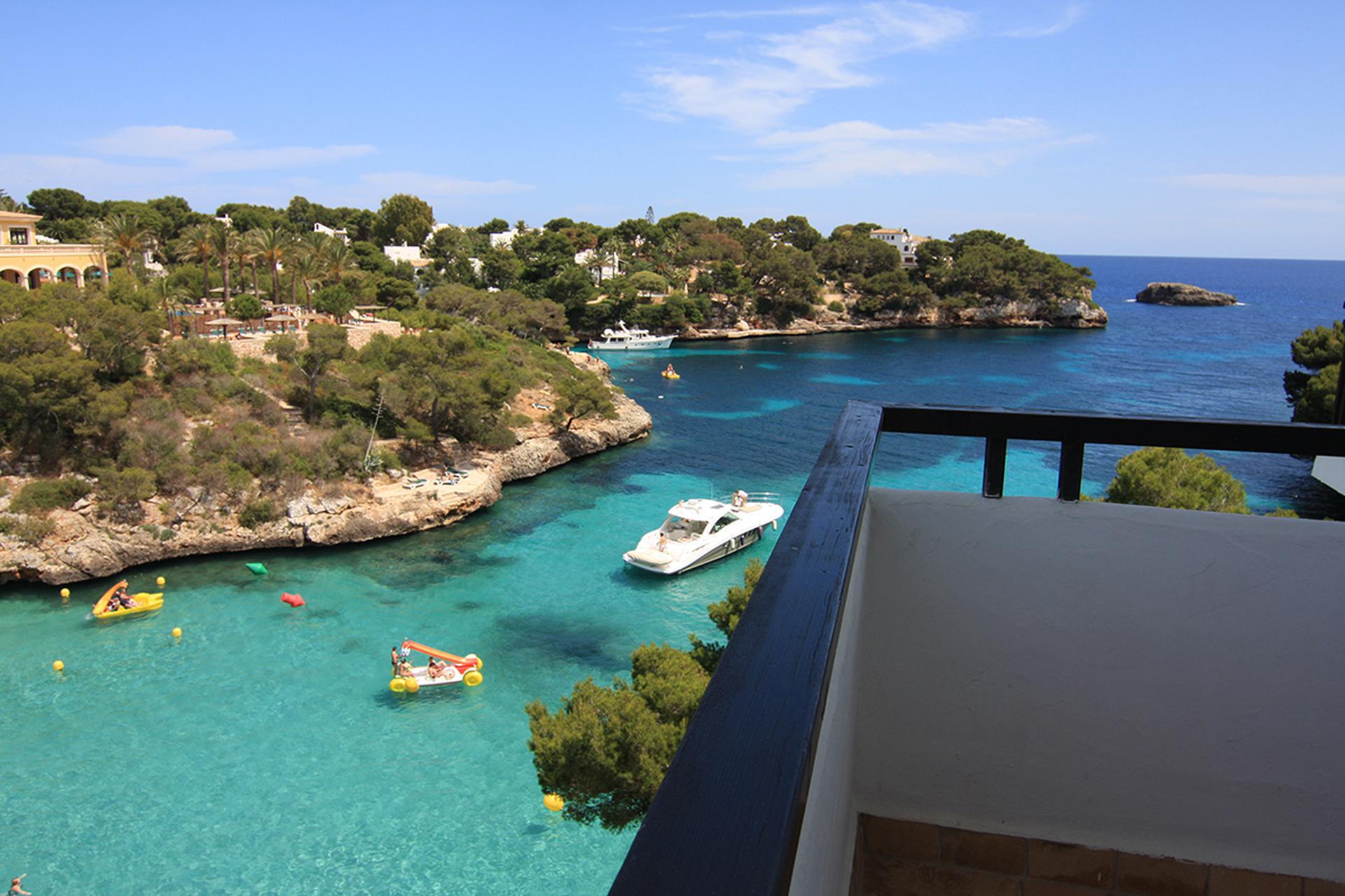 Hotel Barcelo Ponent Playa Cala D Or Dor Mallorca