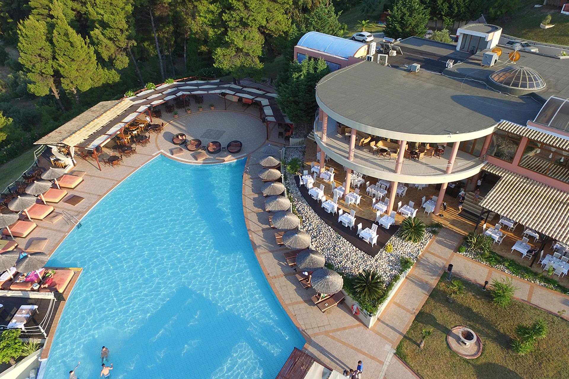 Hotel Alia Palace (mit Halbpension)***** - Chalkidiki, Griechenland ...