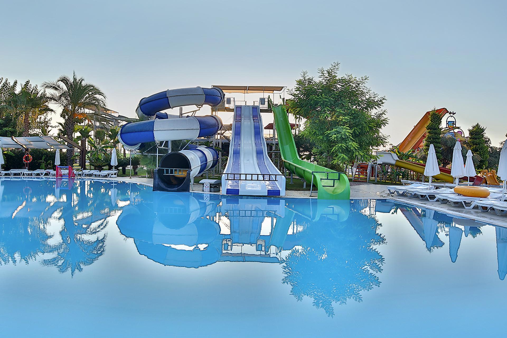 W Lan Im Hotel Saturn Palace