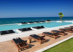 Hotel Abaton Island & Resort