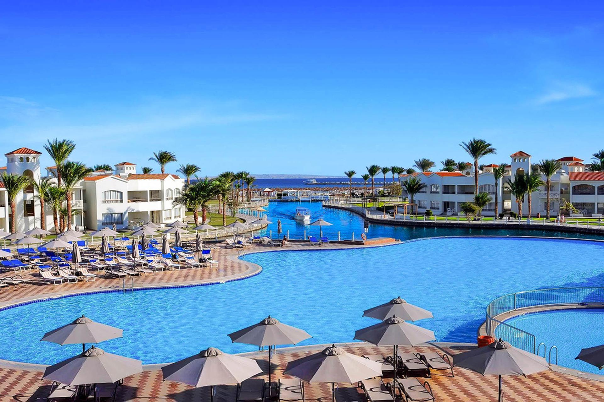 Lbatros Dana Beach Resort